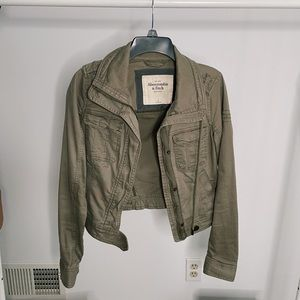 Abercrombie & Fitch army green jacket